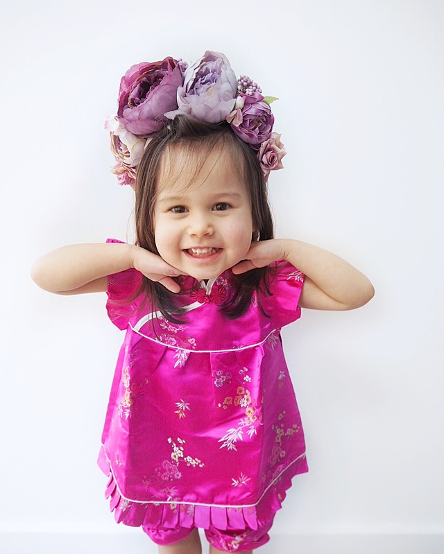 chinese outfit child girl