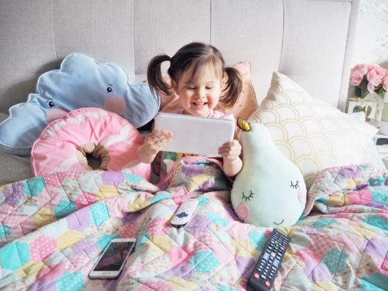 screen time children reduce tablet phone tv