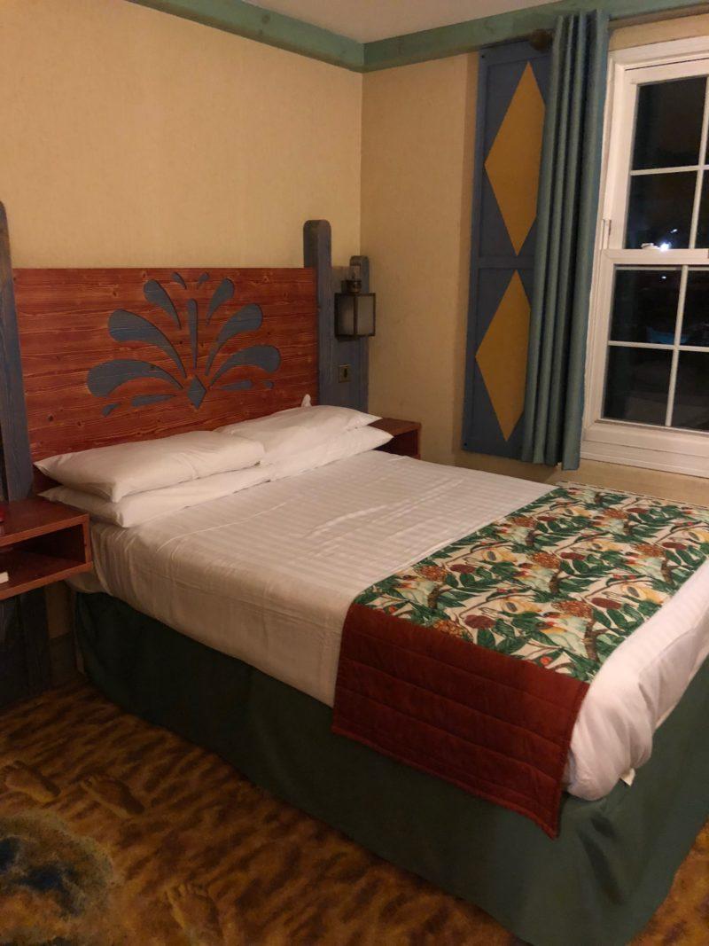 splash landings hotel room