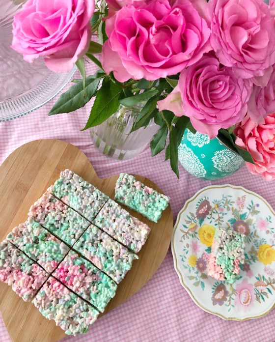 unicorn rice crispie cakes