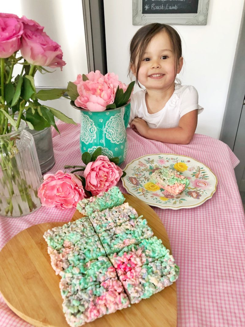 unicorn rice krispie cake baking recipe