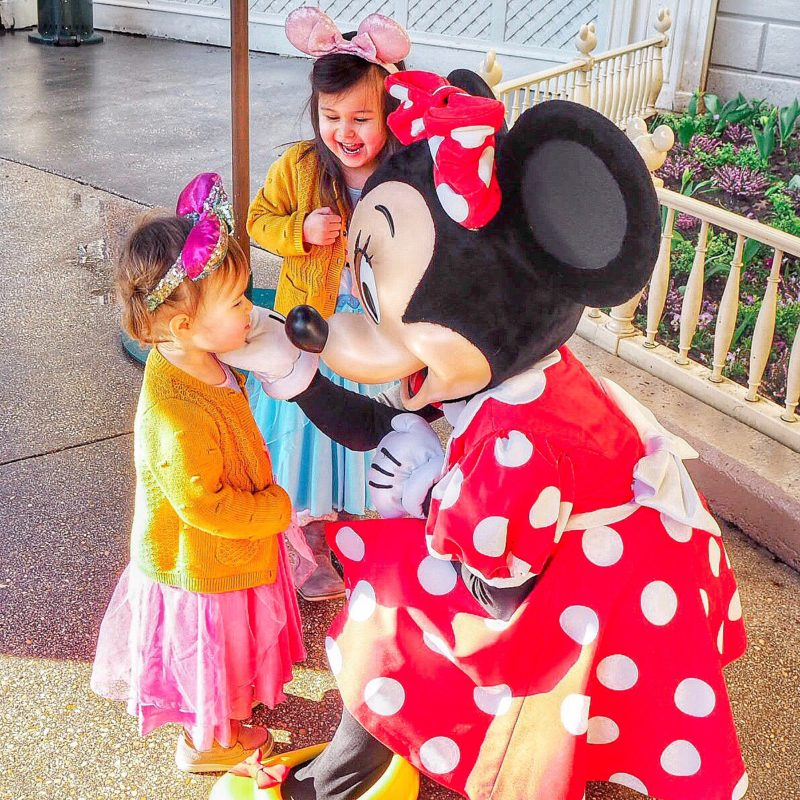 disneyland paris with toddlers minnie mouse meet and greet