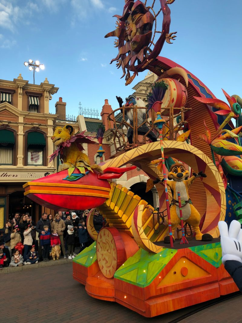 disneyland paris with toddlers parade