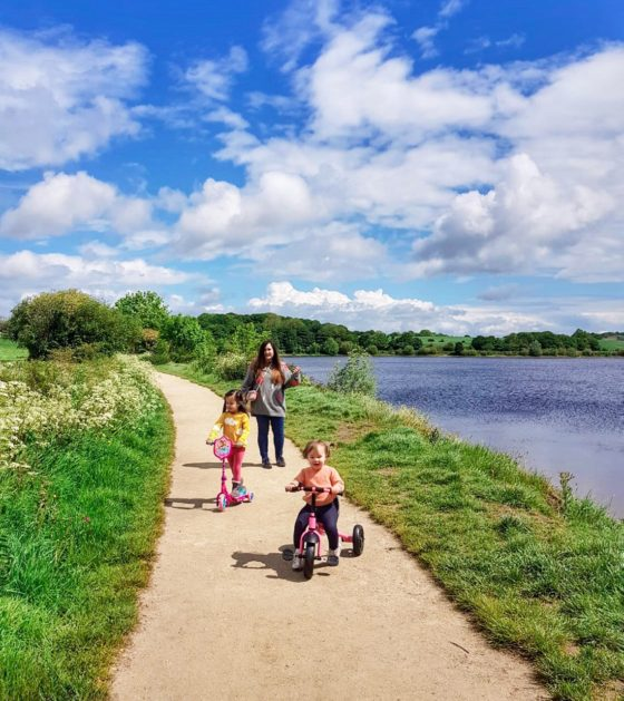 ardsley reservoir with kids